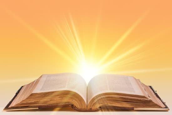 canva-open-bible-MADCGyDdR2I